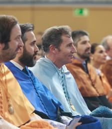 Acto de entrega de medallas y diplomas para nuevos Doctores, Catedráticos y Profesores Titulares
