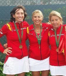 Rosa Bielsa, tercer puesto en el Campeonato del Mundo de Tenis para Veteranos